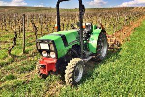Grubbern mit Deutz Traktor